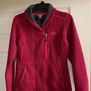 North Face jacket . Warm. Excellent condition .